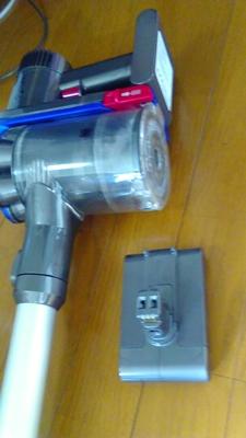 ダイソンDC35のバッテリーを交換してみました。